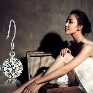 Jewelry - Elegant Luxurious Zircon Earrings